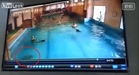 chinese-kid-nearly-drowns03