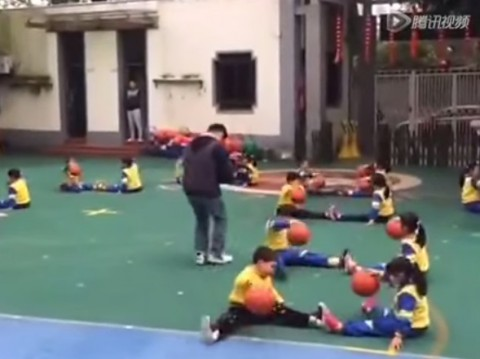 chinese-kids-basketball-dance02